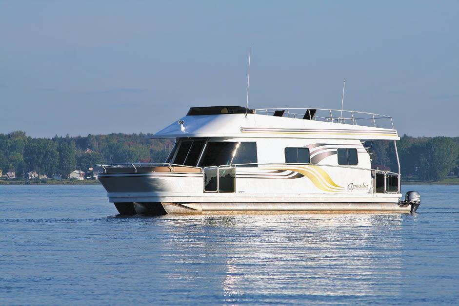 Armadia Houseboat | Houseboat Magazine