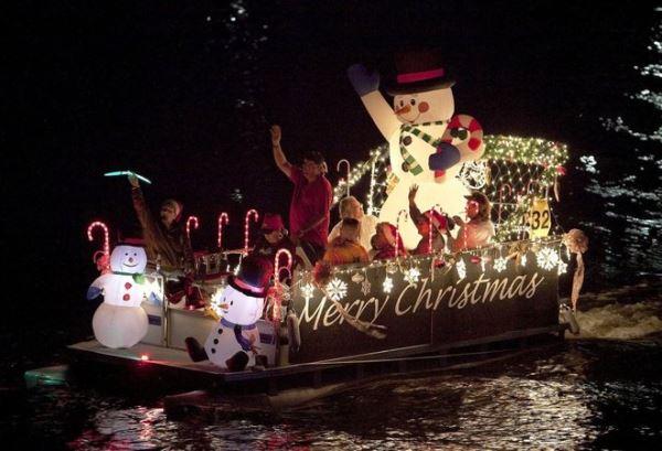 Christmas Cruises Houseboat Magazine