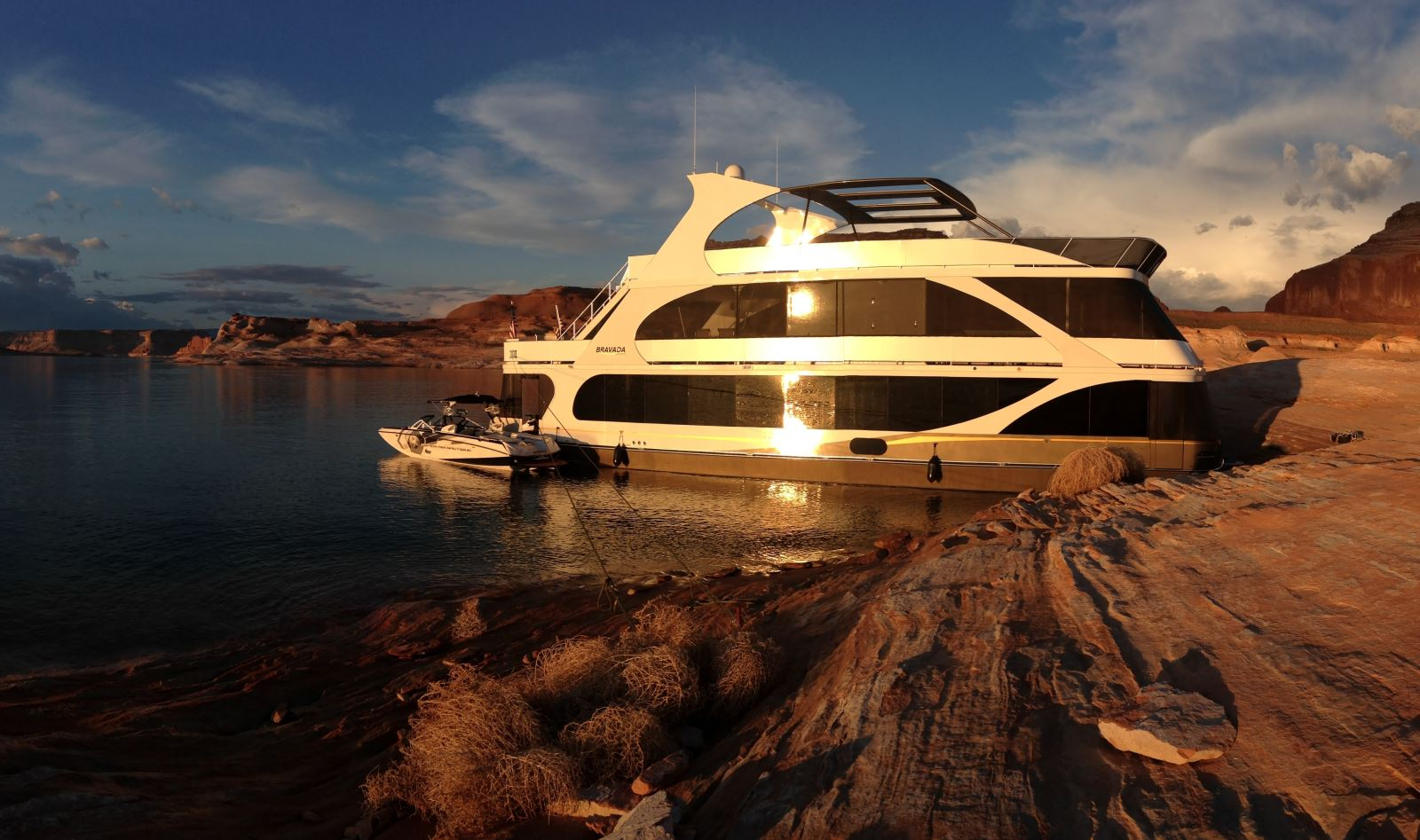 Contact Information: 602-278-3536/www.bravadayachts.com