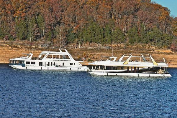 Stardust Houseboat Magazine