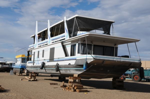 First I Would Like To Mention The Difference Between A Houseboat And Most Other Kinds Of Boats Unlike Smaller Which Can Be Easily Trailered Out