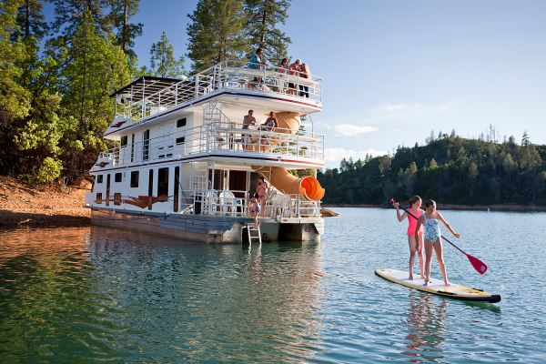 Houseboat Marinas In The Golden State A West coast vacation for our