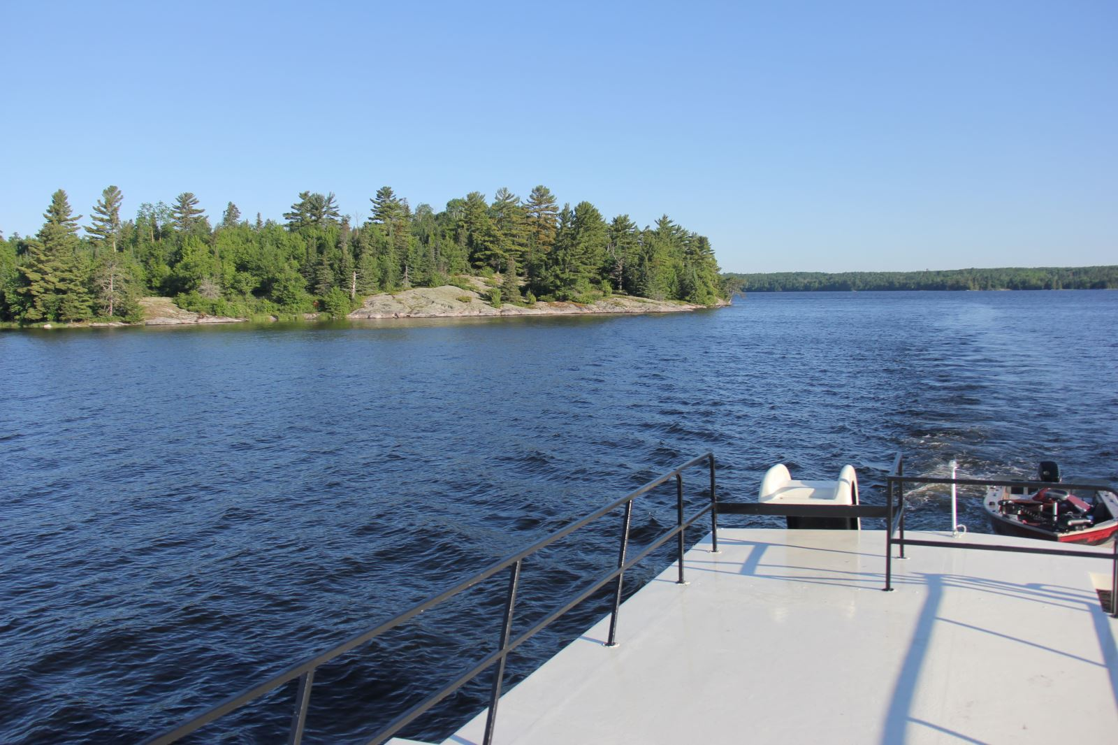 On A Wilderness Houseboating Adventure At Voyageurs National Park